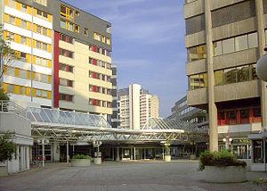 Ihme-Zentrum - Shopping mall, June 2003