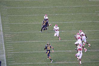 2011 California Golden Bears football team - Zach Maynard scrambles for 19 yards in his first Cal start.