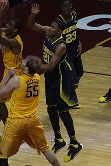 20140102 Zak Ivin defends Austin Hollins.JPG