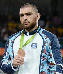 2016 Summer Olympics, Men's Freestyle Wrestling 86 kg awarding ceremony 6.jpg