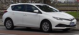 2017 Toyota Corolla (ZRE182R) Ascent hatchback (2018-08-06) 04