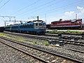 201908 SS4-0068 and DF7C-5305 at Xichangnan Station.jpg