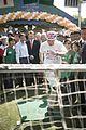 3 นายกรัฐมนตรี เป็นประธานเปิดงานเพลินจิตแฟร์ประจำปี 2 - Flickr - Abhisit Vejjajiva.jpg