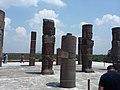 3 Atlantes de Tula y las piramedes. Tula, Estado de Hidalgo, México, también denominada como Tollan-Xicocotitlan.jpg