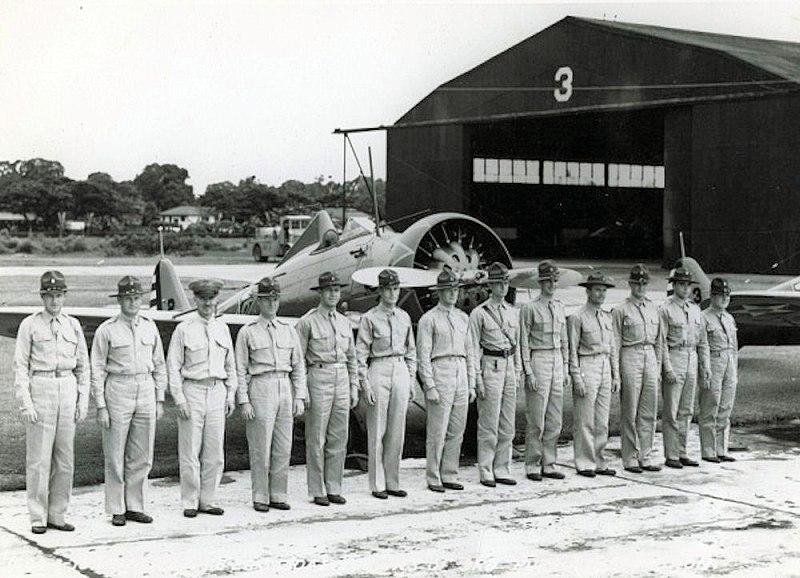 File:3d Pursuit Squadron officers Boeing P-26 Peashooter.jpg