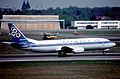 407cg - Olympic Airlines Boeing 737-4Y0, SX-BKL@TXL,07.05.2006 - Flickr - Aero Icarus.jpg
