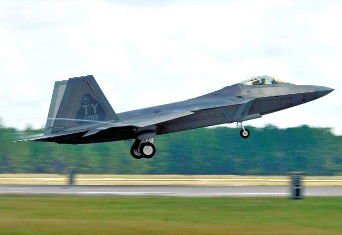 43d Fighter Squadron Lockheed Martin F-22A Raptor 00-4013