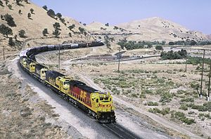 Federal Railroad Administration - Image: ATSF Downhhill Caliente Aug 90x RP Flickr drewj 1946