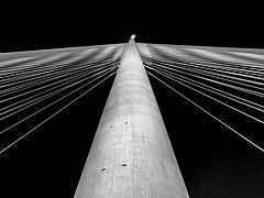 Ada Bridge pylon (Sava river, Belgrade).jpg