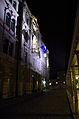 Adamič-Lundrovo nabrežje (pri Kresiji) ponoči.jpg