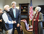 Alan Gross released from Cuban prison, arrives at Joint Base Andrews 141217-F-WU507-615.jpg