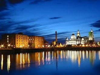 Transport in Liverpool - Albert Dock at night