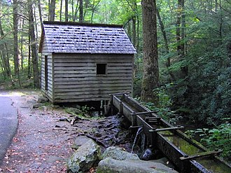 Roaring Fork (Great Smoky Mountains) - Alfred Reagan's tub mill