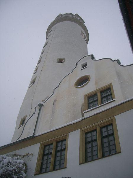 File:Altes Schloss Frankfurt Höchst 02.jpg