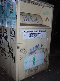 Altkleider-Container-AU-Textrecycling.jpg