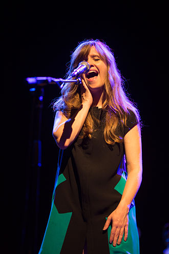 Amber Coffman - Coffman in Dirty Projectors performance at Sydney Opera House, 2013