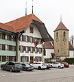 Amthaus-Schloss und Kirche Aarberg.jpg