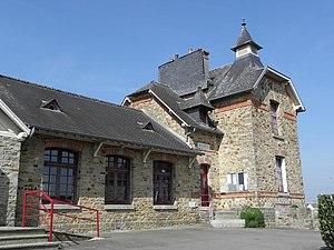 Andouillé-Neuville - Town hall