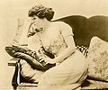 Aphie James, vaudeville entertainer (SAYRE 4099).jpg