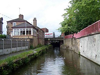 Worksop - Image: Approaching Worksop Town Lock geograph.org.uk 453354