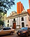 Arquitectura de Sabana Grande. Iglesia de la Parroquia El Recreo y el Centro Residencial Solano. Caracas Venezuela Foto de Vicente Quintero 19.jpg