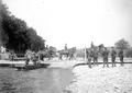 Artillerie Überqueren Behelfsbrücke - CH-BAR - 3236486.tif