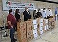 Associação de intercâmbio chinesa doa 10 mil máscaras ao GDF (49809290423).jpg