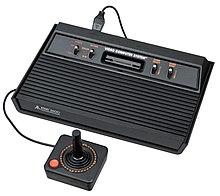 Vous êtes juste de passage ou souhaitez nous faire un petit coucou, vous êtes au bon endroit 220px-Atari-2600-Console