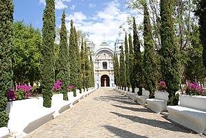Ocotlán de Morelos - Atrium and facade of the Temple of Santo Domingo de Guzmán