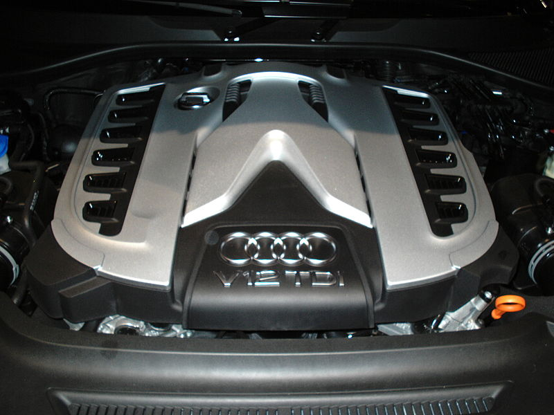 File:Audi Q7 V12 TDI engine front-view.jpg