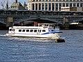 Avontuur IV at Blackfriars Railway Bridge, River Thames, London.jpg