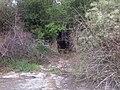 Börgöndi laktanya - bunker bejárata - panoramio.jpg