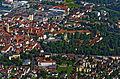 Bad Mergentheim aus der Vogelperspektive. Stadt und Deutschordensschloss.jpg