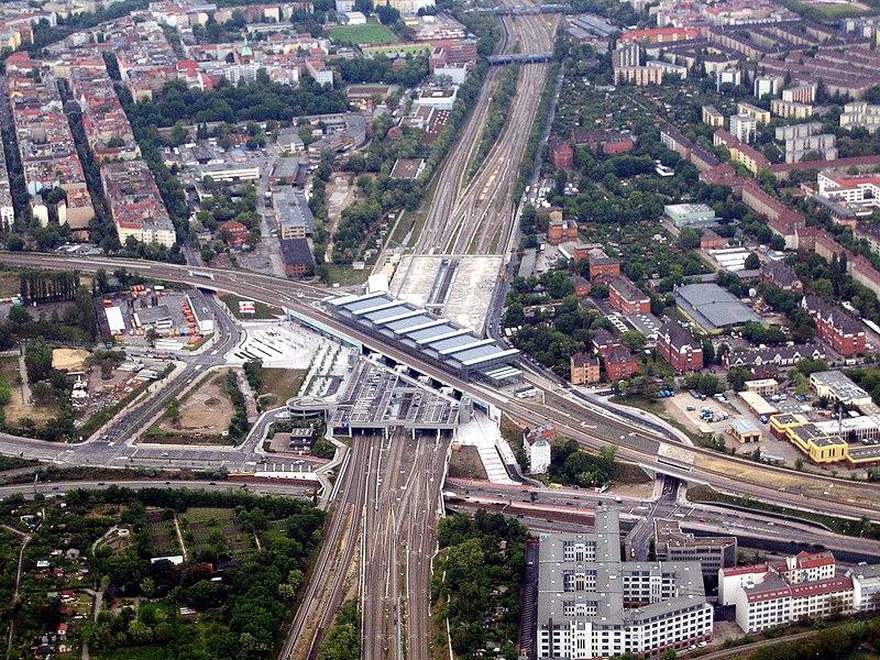 Datei:Bahnhof Berlin Südkreuz denis apel.JPG