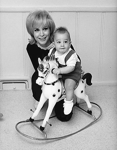 Barbara Eden and son Matthew Ansara 1966.JPG