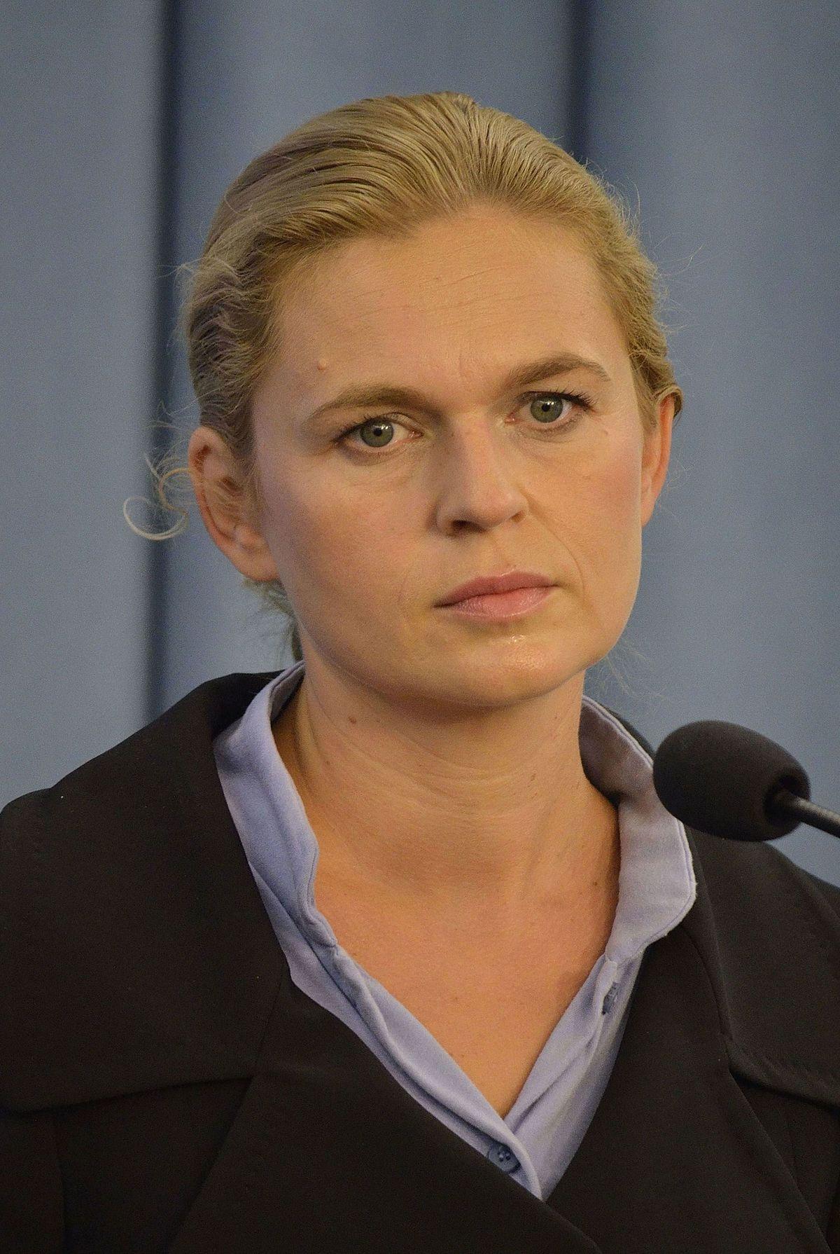 Barbara Nowacka – Wikipedia, wolna encyklopedia