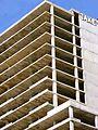 Barcelona - Edificio Diagonal Mar i Cel u Oficines Illa Forum (edificio sin terminar y abandonado en la Rambla de Prim 6-12) (3).jpg