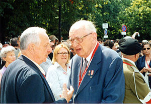 Władysław Bartoszewski - Wladyslaw Bartoszewski at the 60th anniversary of the Warsaw Uprising in 2004