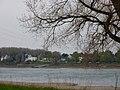 Baumberg am Rhein. Anlegestelle und Rheinterassen - geo.hlipp.de - 9014.jpg