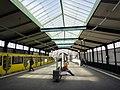Berlin U-Bahn Gleisdreieck Bahnsteig.JPG