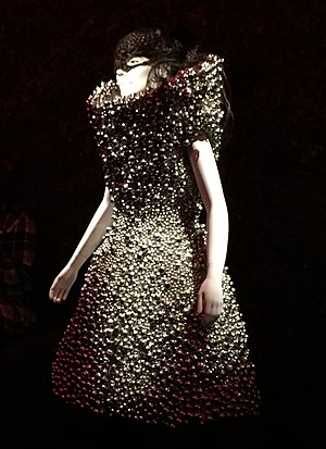 "Medúlla - A mannequin wearing the hair mask and the Alexander McQueen–designed bell dress from the ""Who Is It"" music video, at Björk's exhibition at MoMA"