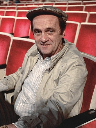 Bob Newhart - Newhart at the 1987 Emmy Awards