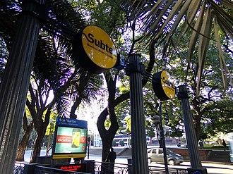 Line C (Buenos Aires Underground) - General San Martín entrance