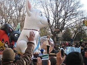 Cyrus in the 2008 Macy's Thanksgiving Day Parade