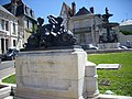 Bourges - fontaine Bourdaloue (01).jpg