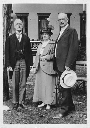 English: From left to right: R. R. Bowker, Mrs...