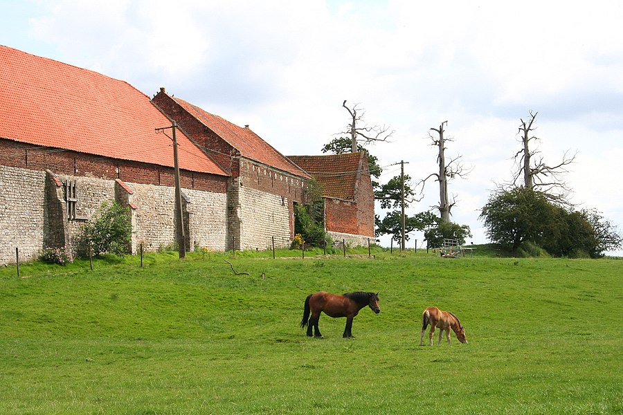 Braine-l'Alleud , the western side of the Goumont or Hougoumont Castle-farm (XVIIIth century).