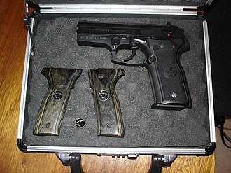 Beretta 8000 - Image: Breta 8045 Cat Pak