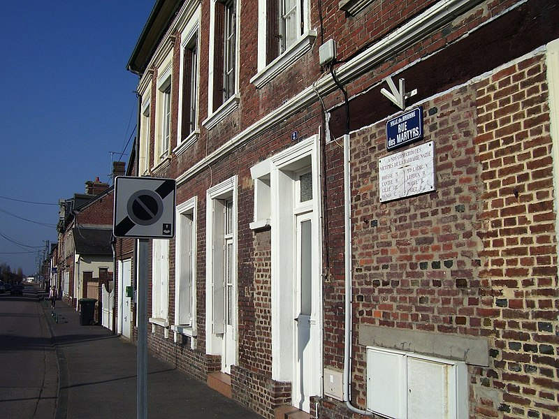 France commune de calleville for Le miroir rue des martyrs