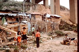 Bucaramanga-Colombia-slums-1982-1989-IHS-57-07-Children.jpeg